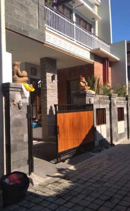 Renovasi Rumah 200m2 di Dukuh Sari